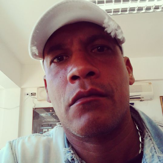 Mario, Hombre de Santa Elena de Uairén buscando pareja