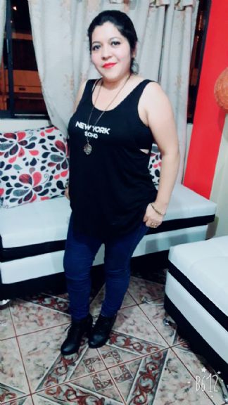 Erika, Mujer de Quito buscando conocer gente