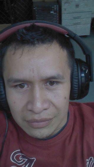 Luis cuc, Chico de Guatemala buscando conocer gente