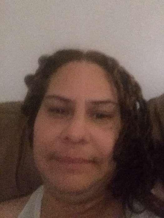 Enid carrasquillo, Mujer de New York buscando amigos