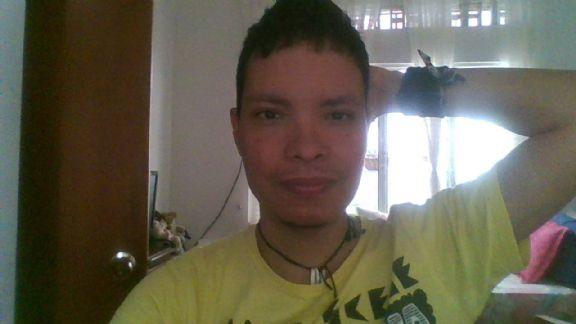 Andres, Chico de Cali buscando pareja