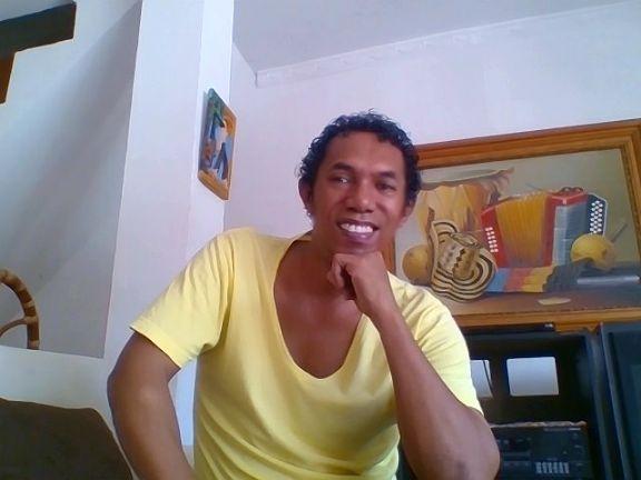 Enrique, Hombre de Cartagena buscando conocer gente