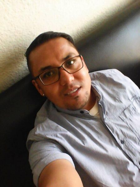 Alex, Hombre de Medellín buscando conocer gente