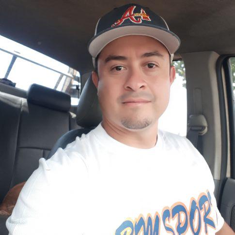 Dimas, Hombre de Panamá buscando amigos