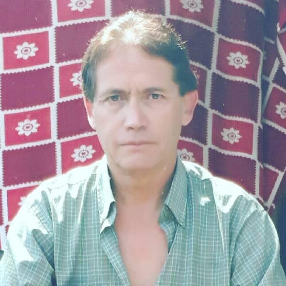 Fernando, Hombre de Santiago buscando una cita ciegas