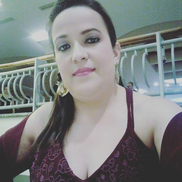 Issa, Mujer de  buscando pareja