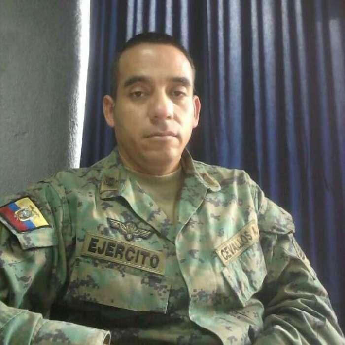 Fabo, Hombre de Quito buscando conocer gente