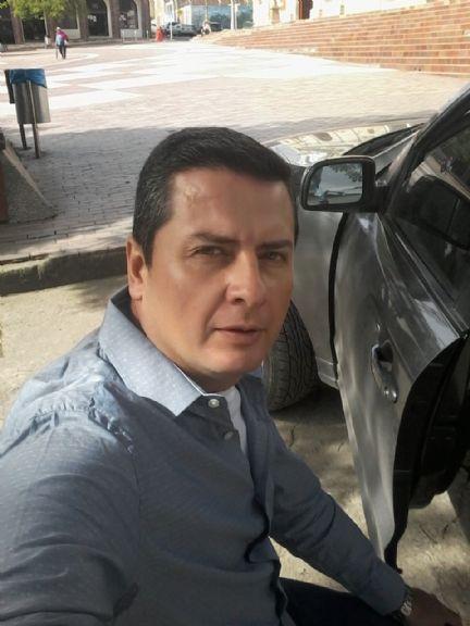 Raymond, Hombre de Miami buscando pareja