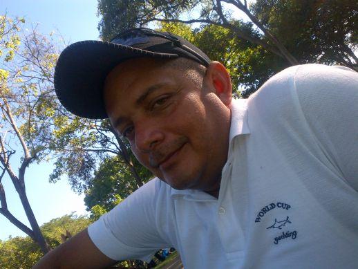 Jose yuhlian, Hombre de Ciudad Bolívar buscando conocer gente