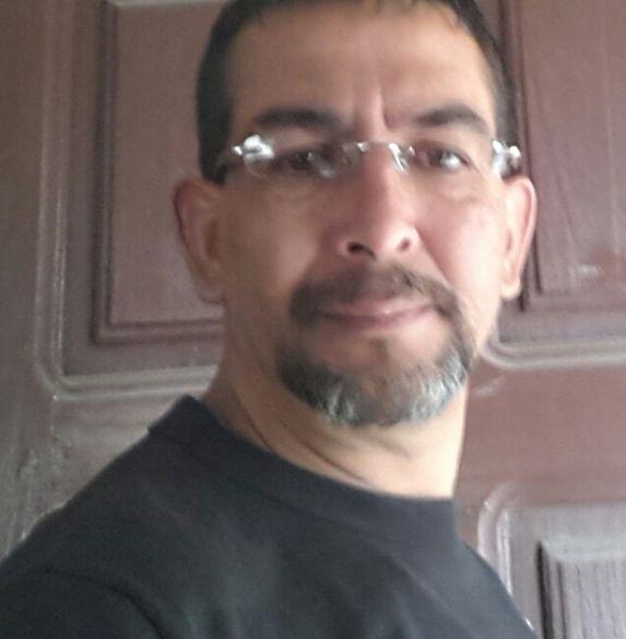 Pablo, Hombre de Quito buscando conocer gente