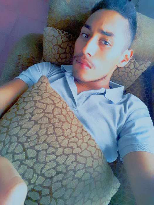 Antoni, Chico de Tegucigalpa buscando pareja