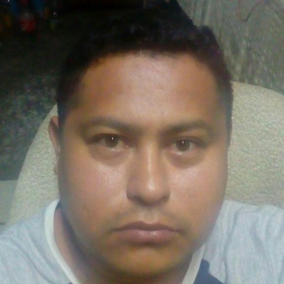 Mario aguirre, Hombre de Acapulco buscando una cita ciegas