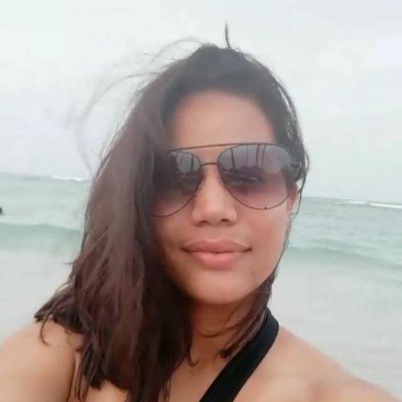 Wonder woman, Mujer de Santo Domingo buscando amigos