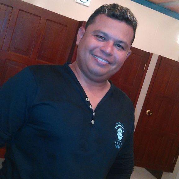 Rob, Hombre de Barranquilla buscando pareja