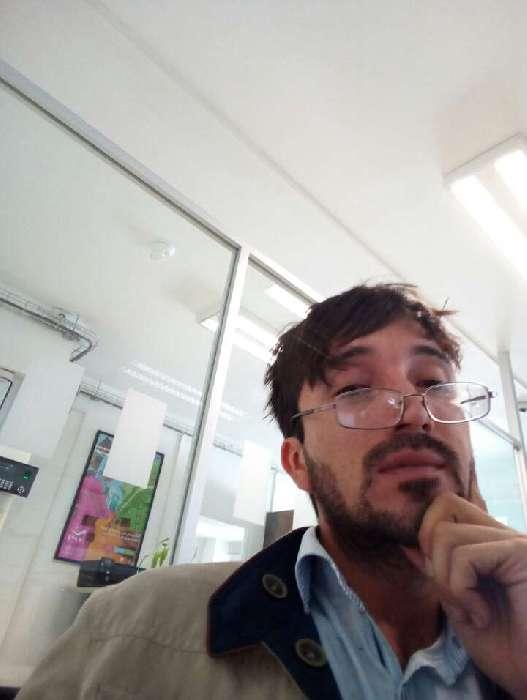 Omar, Chico de León buscando conocer gente