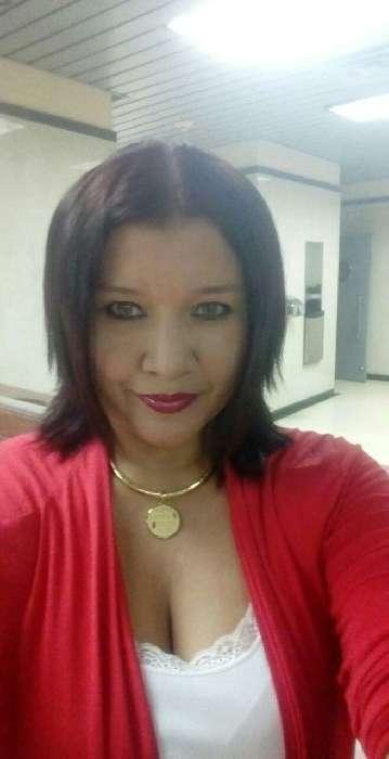 Reyna, Mujer de Toronto buscando pareja