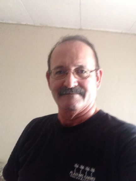 Oscar, Hombre de San Pedro Sula buscando conocer gente