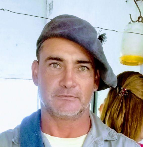 José , Hombre de Paraná buscando conocer gente