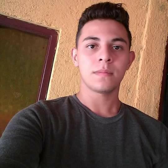 Paris18, Chico de Managua buscando una cita ciegas