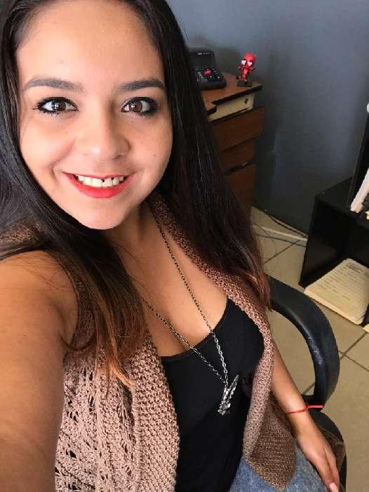 Angie, Chica de San José buscando conocer gente