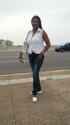 Delvis, Mujer de Nueva Gerona buscando amigos