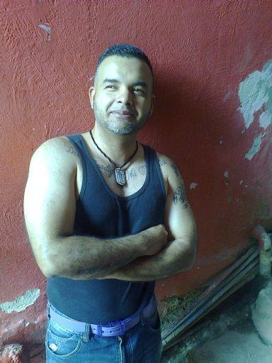 Edgar, Hombre de Caracas buscando conocer gente