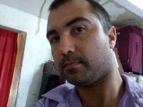 Alejandro, Hombre de La Habana buscando una cita ciegas