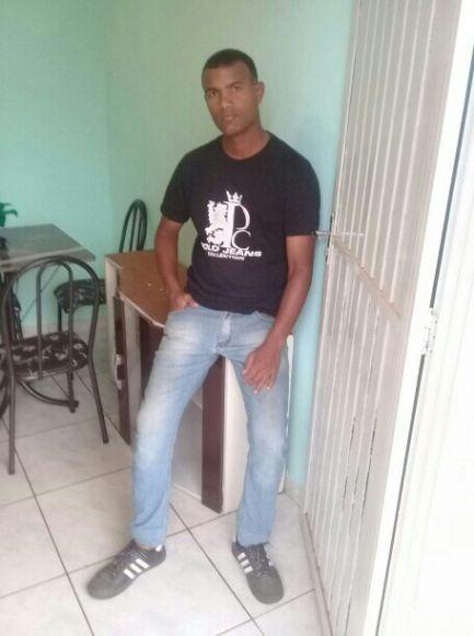 Yolexis, Hombre de Brasilia buscando pareja