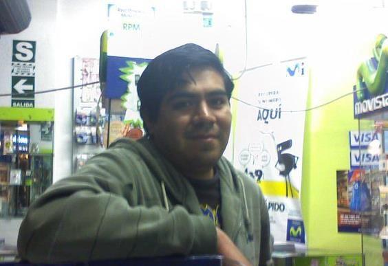 Juan arnold cuadrado, Hombre de Ate buscando pareja