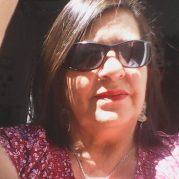 Silvia, Mujer de  buscando pareja