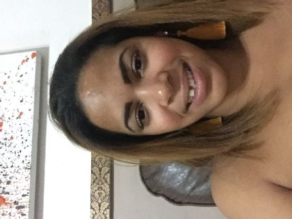 Yamisleydi, Chica de La Habana buscando una cita ciegas