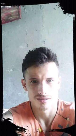 Andres mauricio, Chico de Calarcá buscando pareja