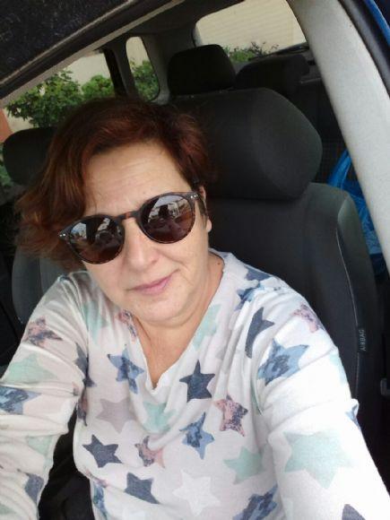Carmen dominguez, Mujer de Estepona buscando pareja
