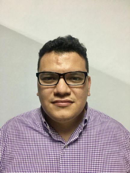 Eduardo galindo, Hombre de San Pedro Sula buscando conocer gente