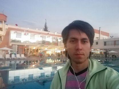 Gabriel fuentes riva, Chico de Arequipa buscando conocer gente