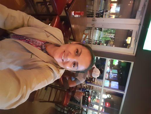 Ruth, Mujer de San Pedro Sula buscando conocer gente