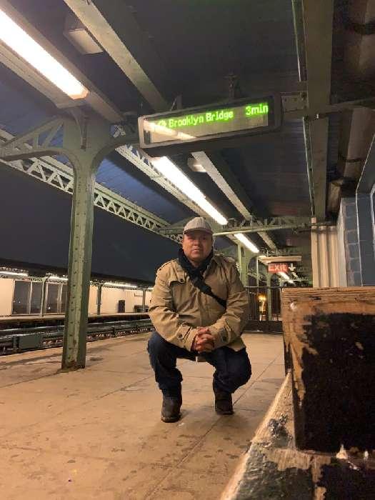Carlos f, Hombre de West New York buscando conocer gente