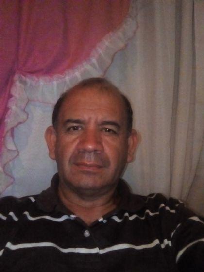 Carlos, Hombre de Berisso buscando pareja
