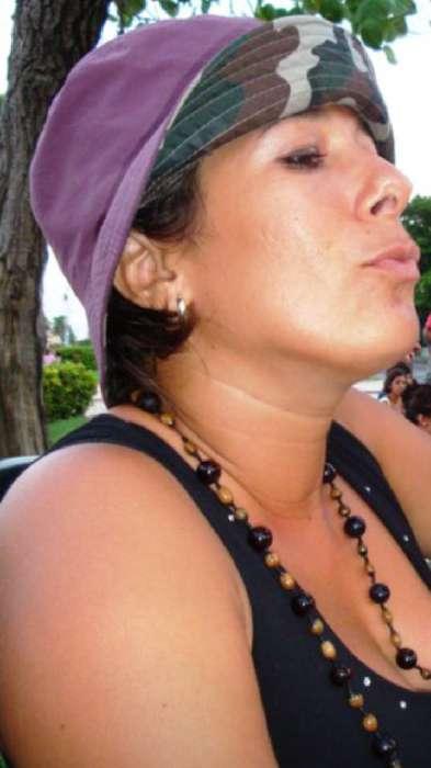 Momo, Mujer de Havana buscando pareja