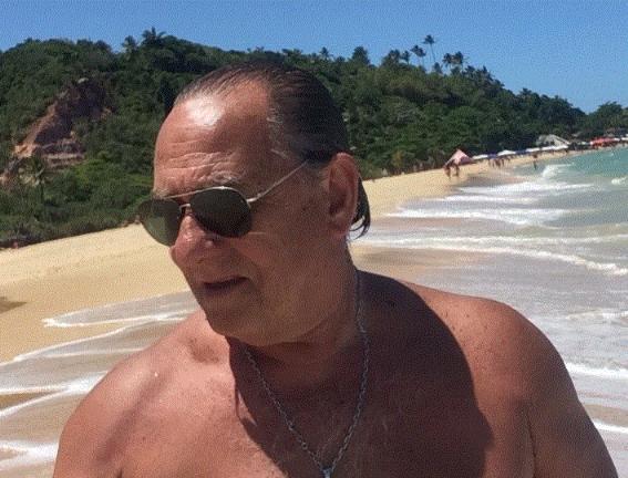 Eduardo luis, Hombre de Mar del Plata buscando una cita ciegas
