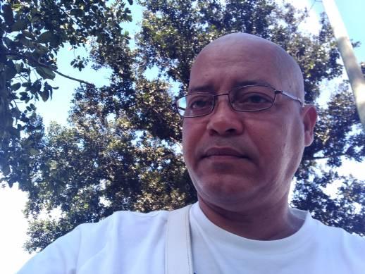 Carlos manuel, Hombre de La Habana buscando amigos