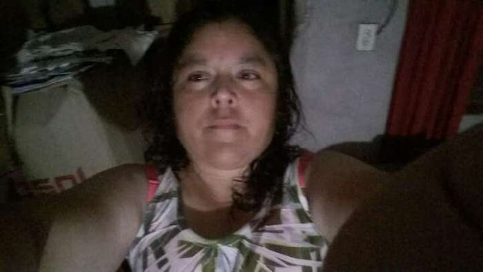 Livia, Mujer de La Banda buscando amigos