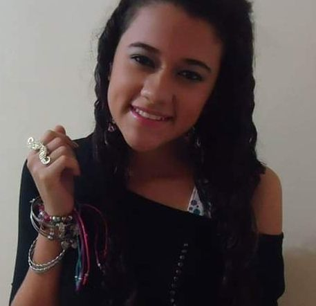 Adriana, Chica de Arequipa buscando una cita ciegas