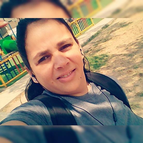 Maria de los ángeles, Chica de Lima buscando pareja