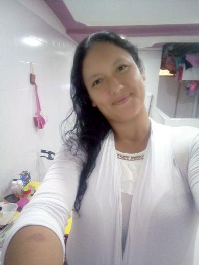 Liliana, Mujer de Bucaramanga buscando una cita ciegas