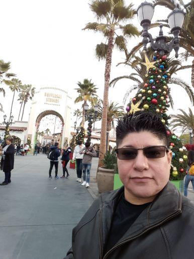 Imelda, Mujer de Seattle buscando pareja
