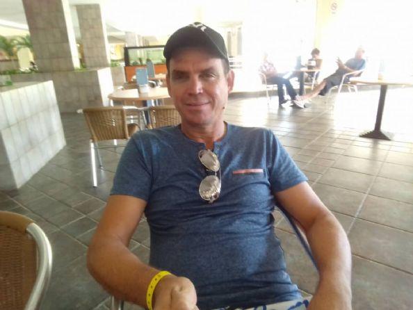 Roger, Hombre de La Habana buscando pareja