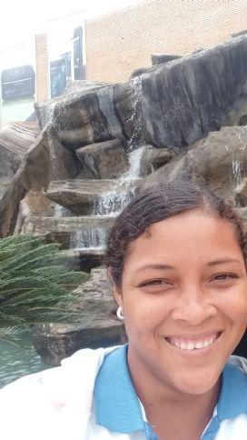 Yelimar, Chica de Ciudad Bolívar buscando una cita ciegas