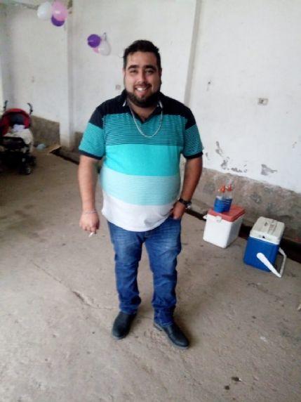 Nicolás, Chico de Río Ceballos buscando conocer gente
