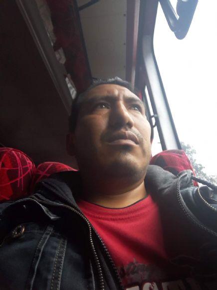 Holguer nacionalista, Hombre de Quito buscando pareja